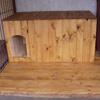 Hundehütte mit Dämmung und Vorraum als Windschutz
